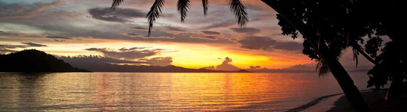 Fiji-Beach-at-Sunset